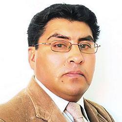 Dr. Remy Efrain Romero Cruz